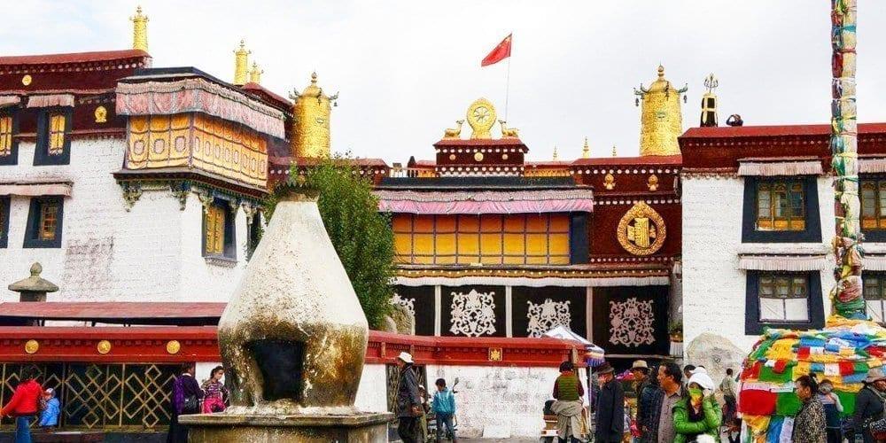 Tibet Lhasa Jokhang temple tour