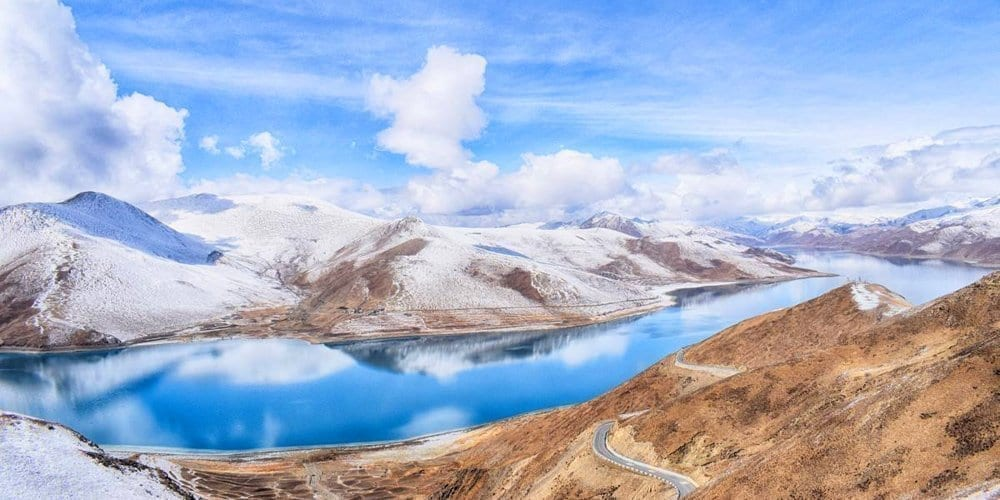 Tibet landscape photography tour package to Yamdrok