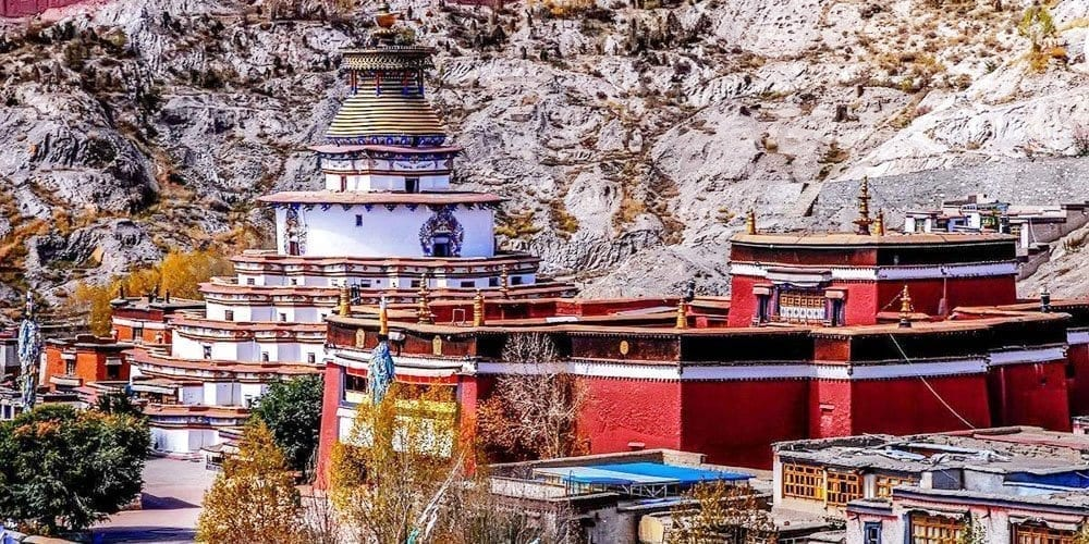 Visit Tibetan Gyantse Pelkhor Chode monastery tour